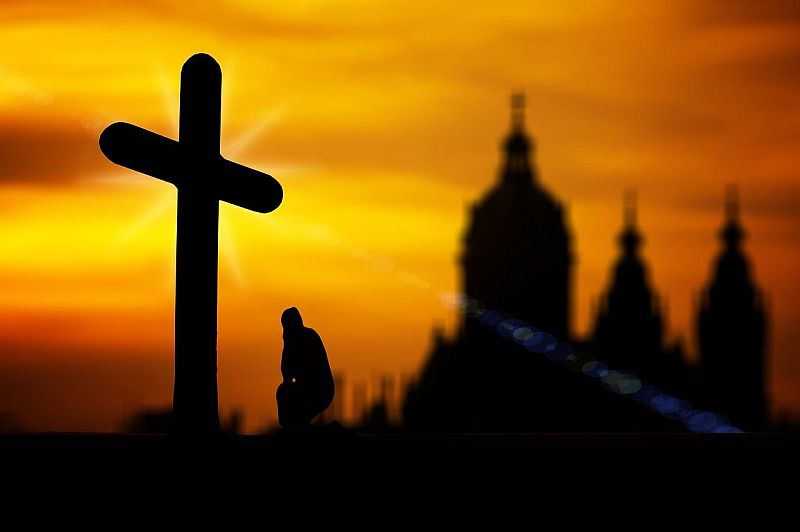 Kirchliches Arbeitsrecht Zwei Welten Prallen Aufeinander